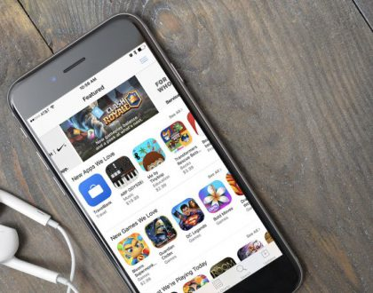 Apple will finally let developers respond to App Store reviews